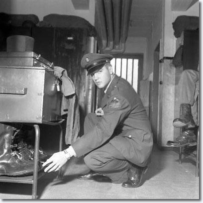 1958_october_2_3_ray_barracks_germany_3_408